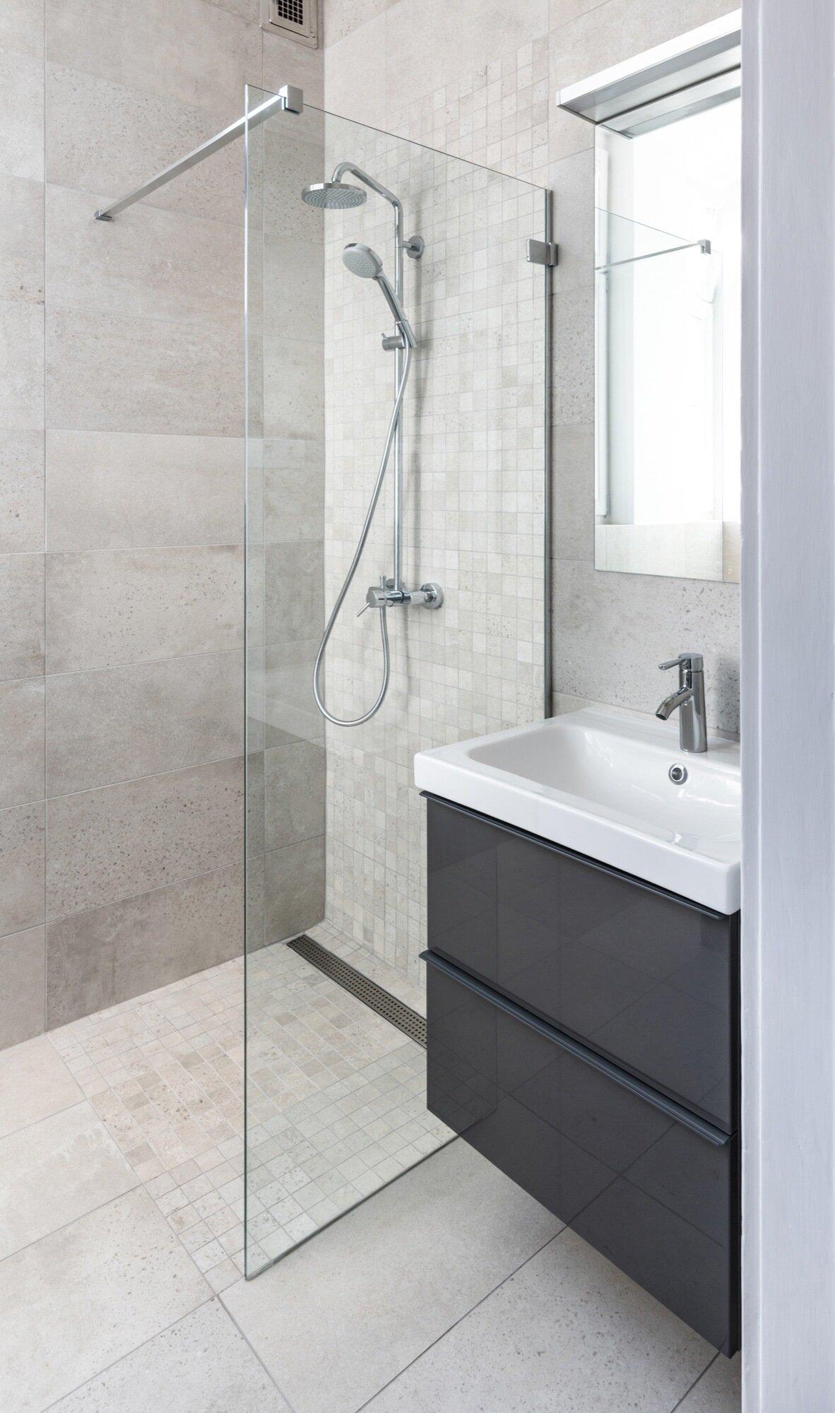 Strict Elegance - Batlab Architects - Hungary - Bathroom - Humble Homes