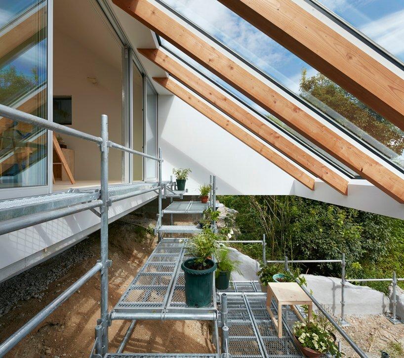 Reslope House - Tomohiro Hata - Kobe - Gardens - Humble Homes