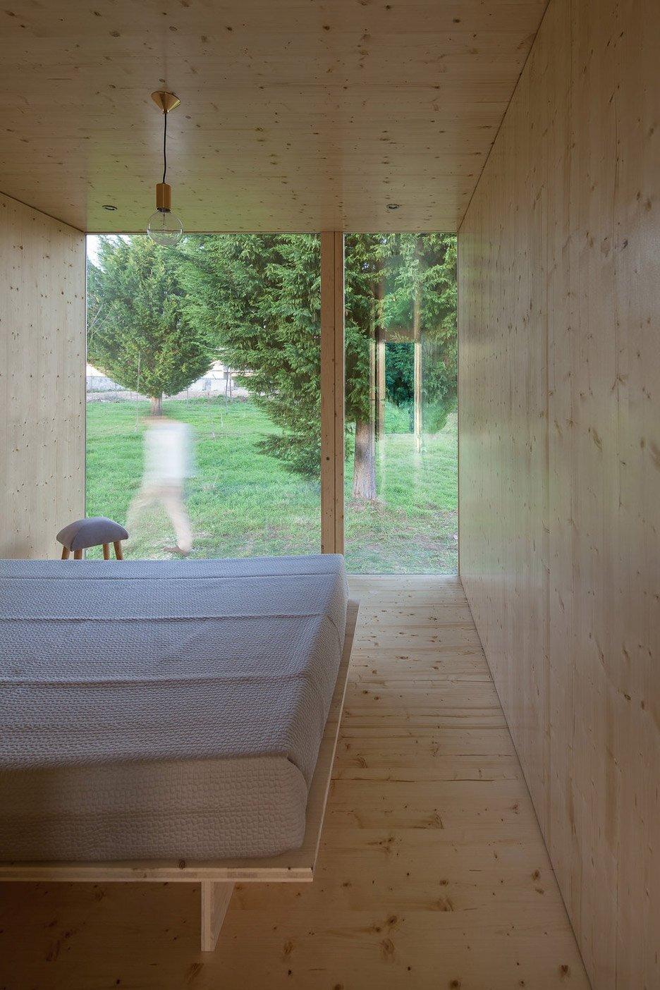 Modular House - MIMA Light - MIMA Architects - Portugal - Bedroom - Humble Homes