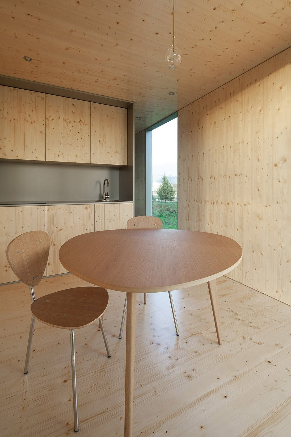 Modular House - MIMA Light - MIMA Architects - Portugal - Kitchen and Dining - Humble Homes