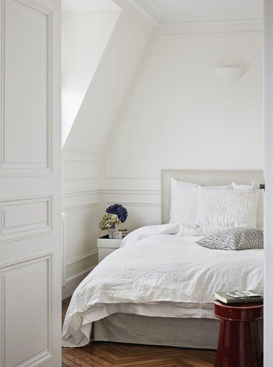 Tiny Apartment - A+B Kesha - Paris - Bedroom - Humble Homes