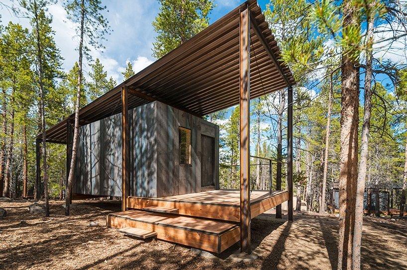 A series of rustic cabins by colorado building workshop for Log cabin homes sale colorado