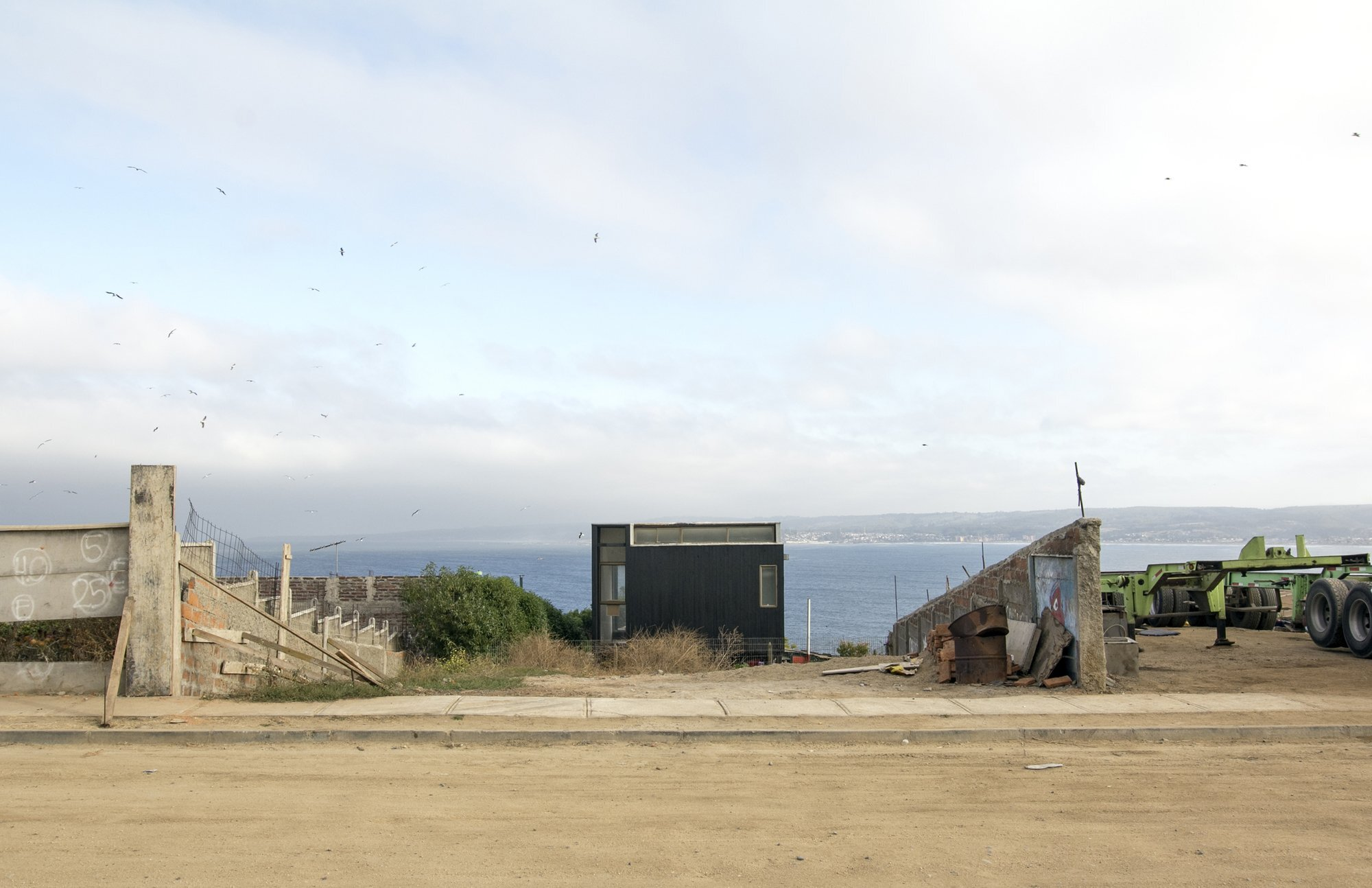 Coupled Wagon House - Crescente Böhme Alemparte - Chile - Exterior - Humble Homes