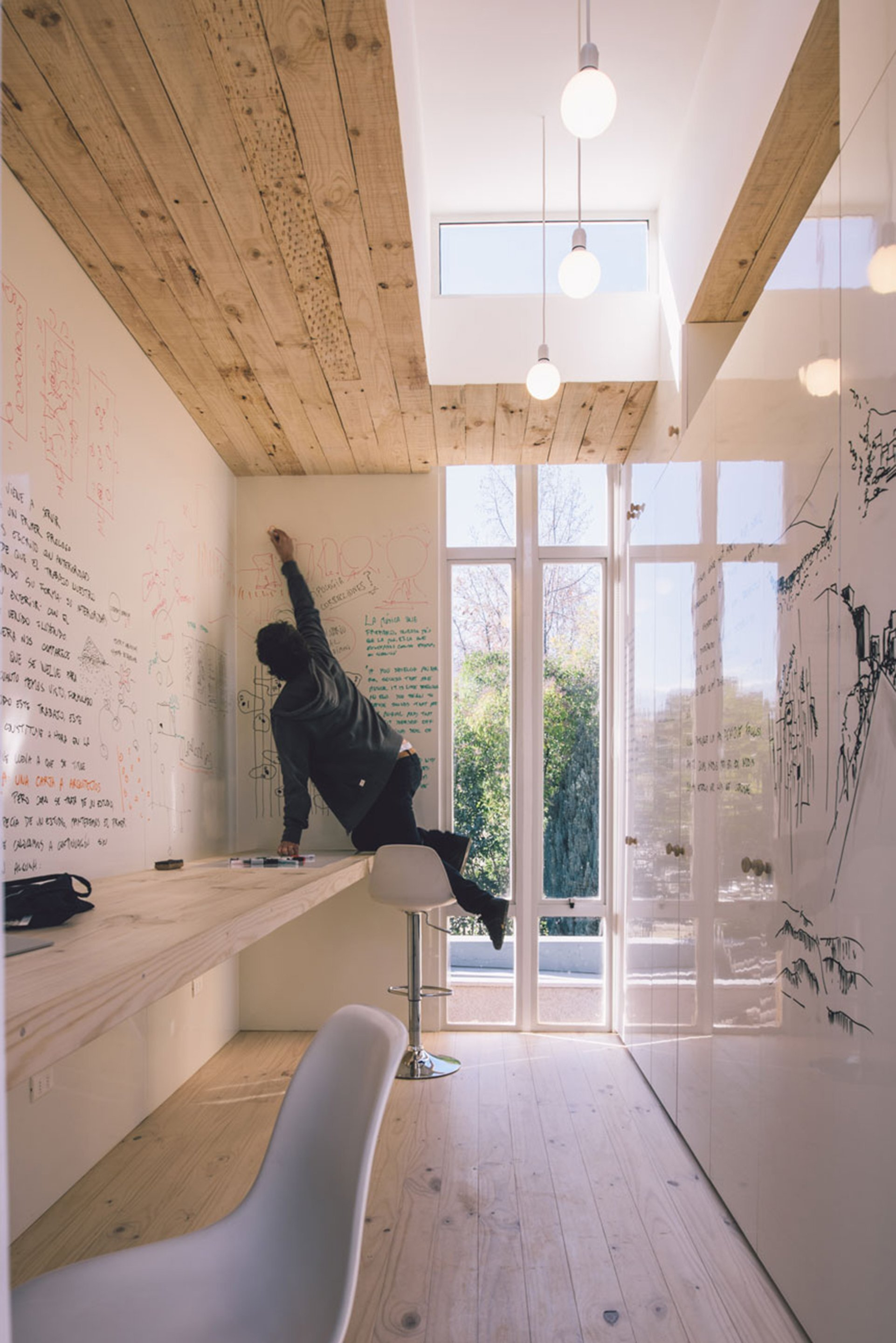 Workshop in the City - Romero Silva Arquitectos - Chile - At Work - Humble Homes