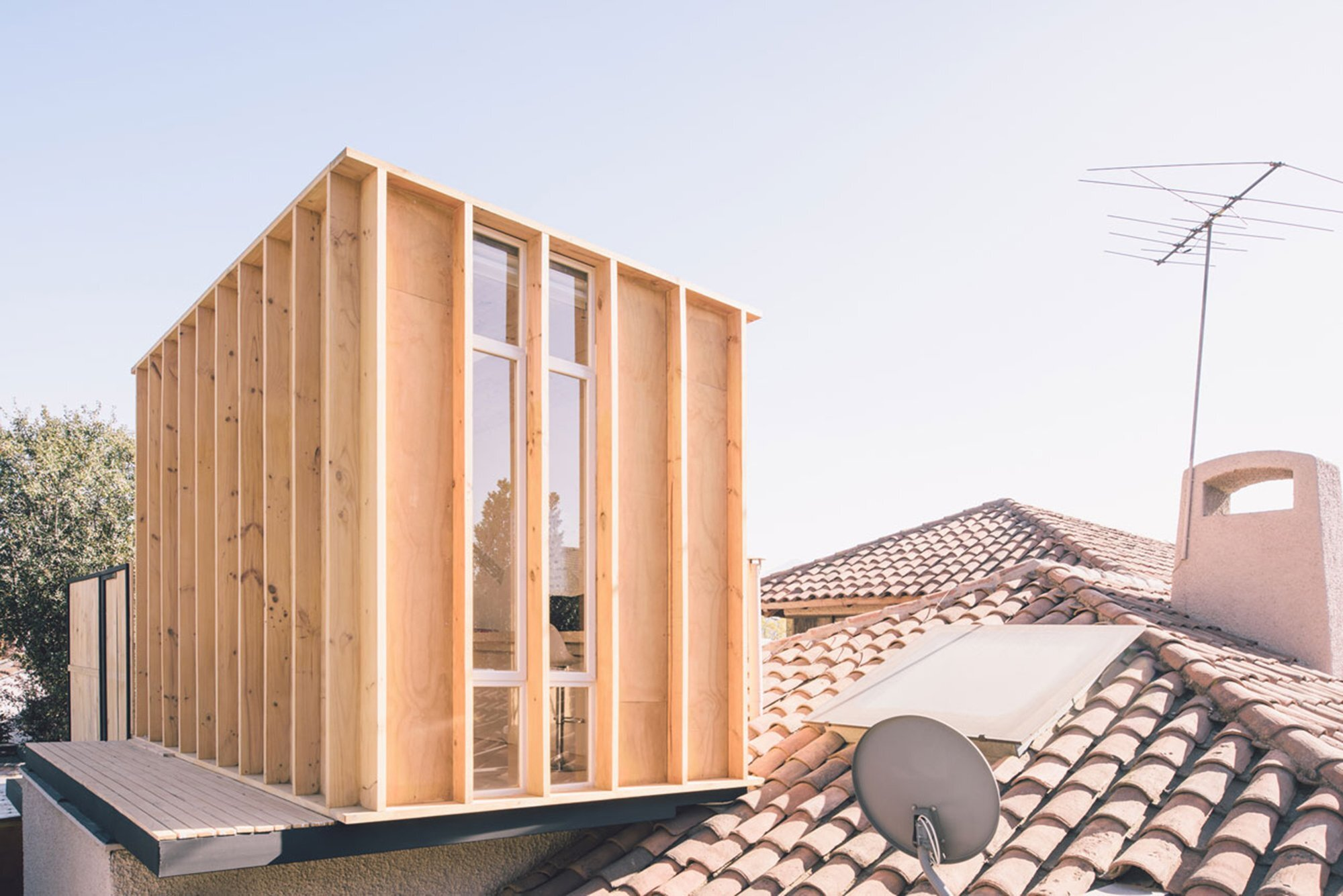 Workshop in the City - Romero Silva Arquitectos - Chile - Exterior - Humble Homes