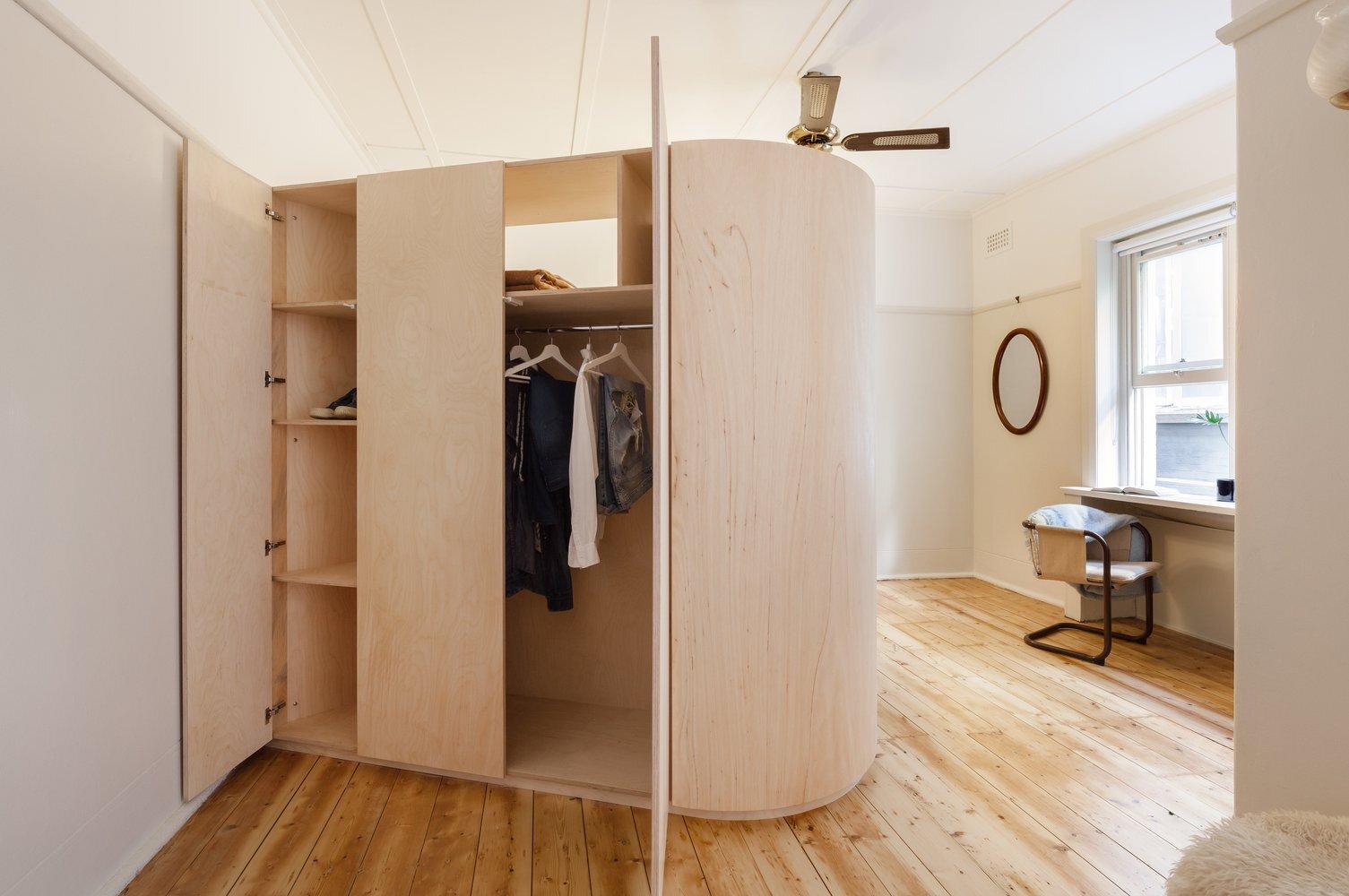 Small and Sculpted Studio Apartment - Catseye Bay Design - Darlinghurst Australia - Storage - Humble Homes