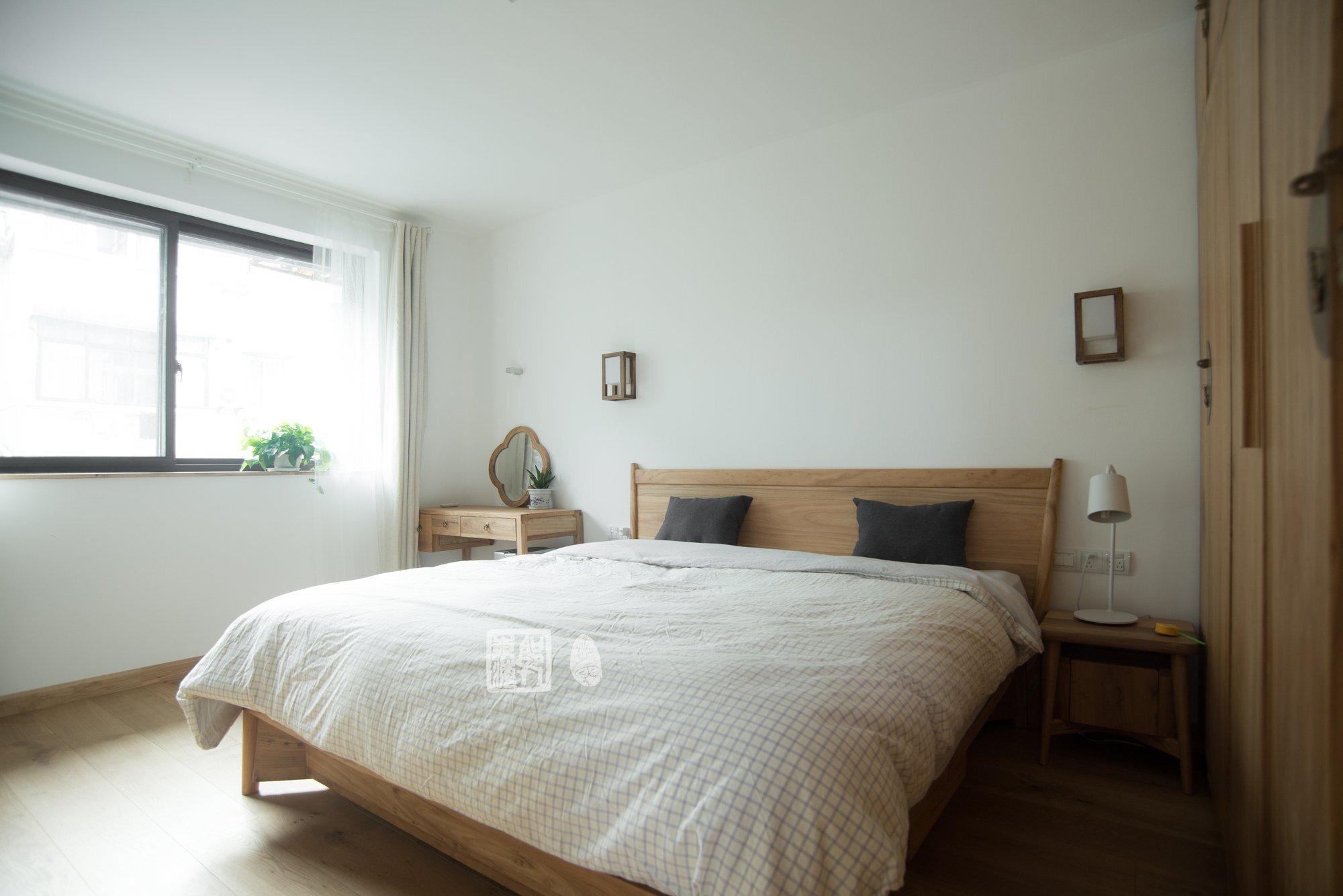 Traditional Chinese Home Design - Guo Donghai & Yan Linglin - Shanghai China - Bedroom - Humble Homes