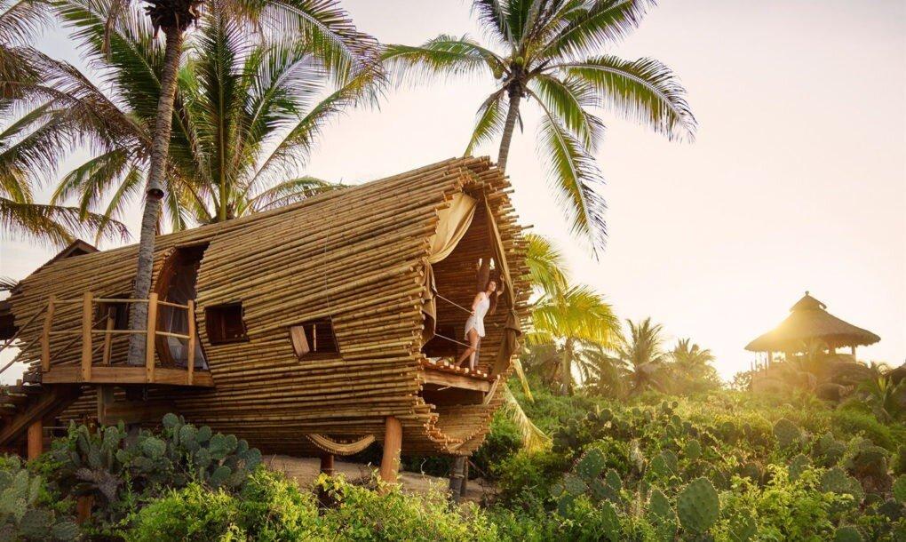 playa-viva-treehouse-playa-viva-acapulco-mexico-exterior-humble-homes