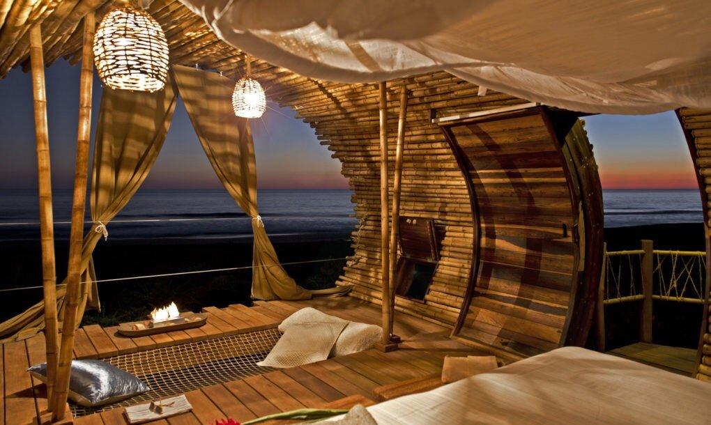 playa-viva-treehouse-playa-viva-acapulco-mexico-living-space-humble-homes