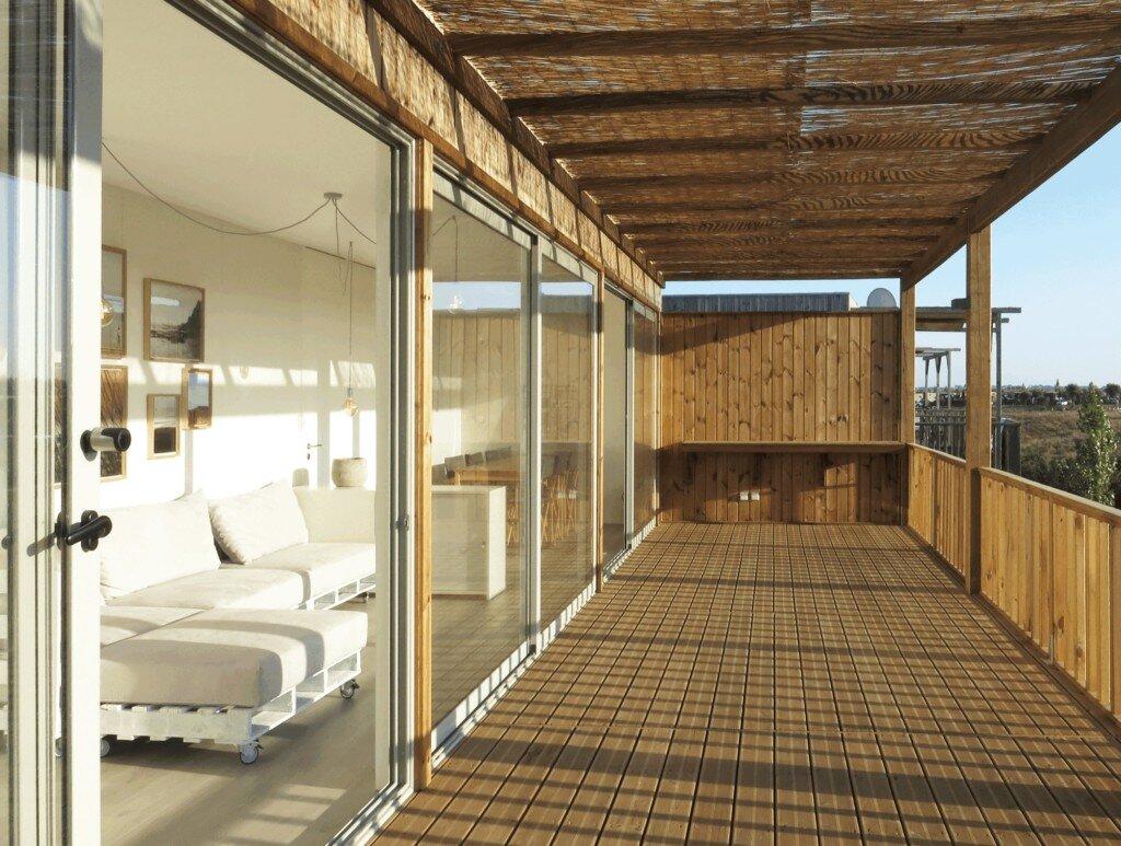 eco-village-zmonte-cave-portugal-porch-humble-homes
