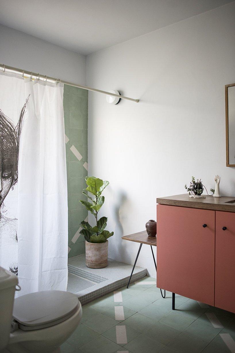 1970s Home Restoration - Juan Pablo Ochoa + Ruben Padilla - Mexico - Bathroom - Humble Homes