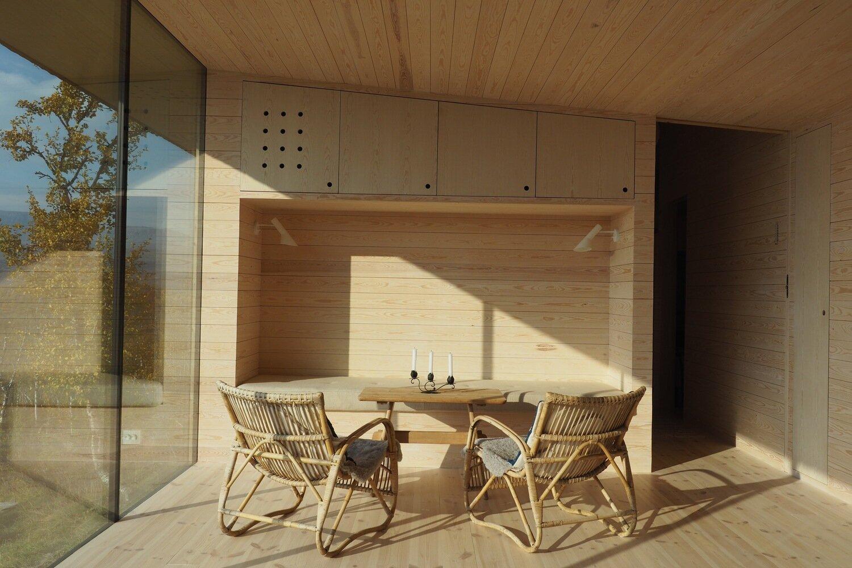 Cabin-Ustaoset-Jon-Danielsen-Aarhus-MNAL-Norway-Dining-Room-Humble-Homes