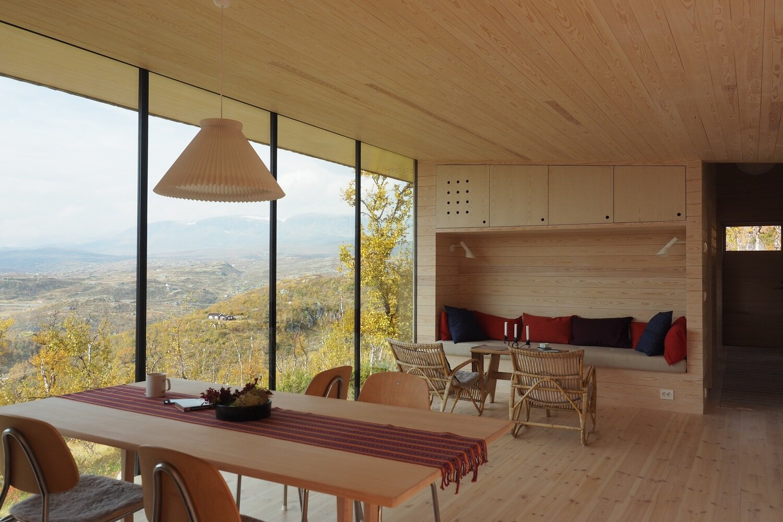 Cabin-Ustaoset-Jon-Danielsen-Aarhus-MNAL-Norway-Living-Space-Humble-Homes