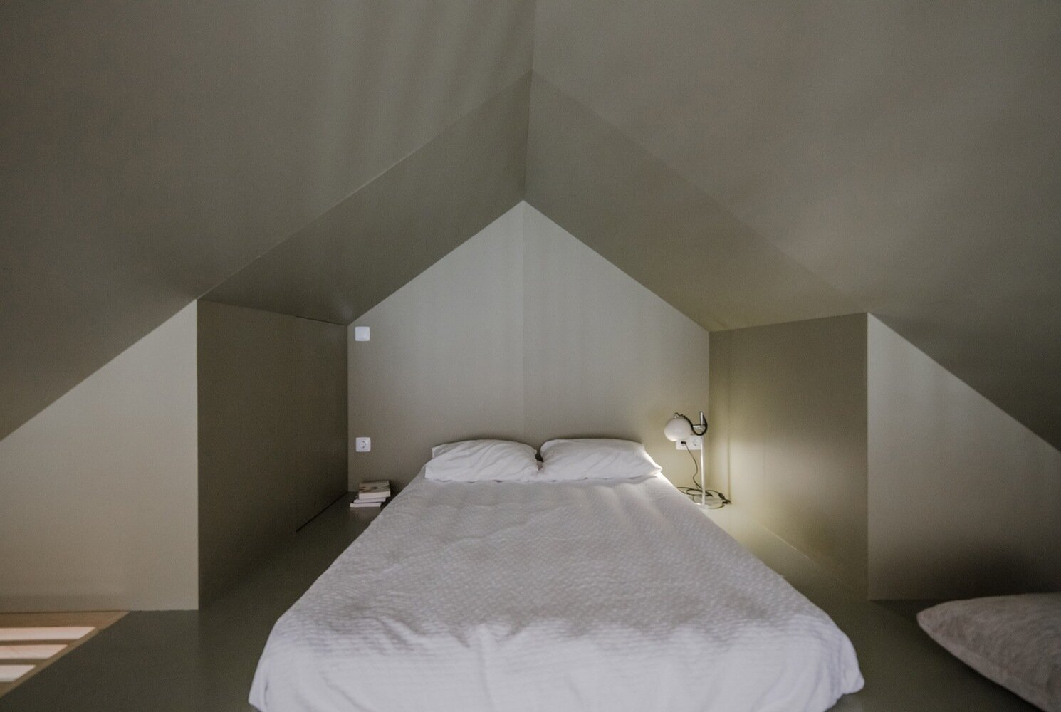 The Green House - URBAstudios - Portugal - Bedroom - Humble Homes